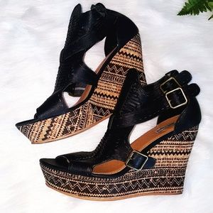 Not Rated Aztec Wedges